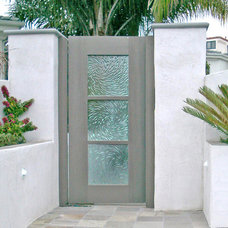 Beach Style Patio by Cast Glass Images Inc.