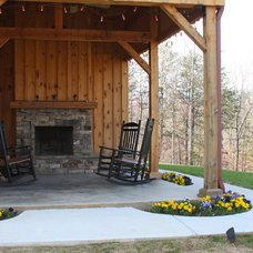 Rustic Patio by Sand Creek Post & Beam