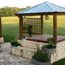 Traditional Patio by Glasco & Co. Landscaping, Inc.