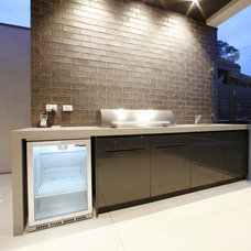 Modern Patio by Melbourne Contemporary Kitchens