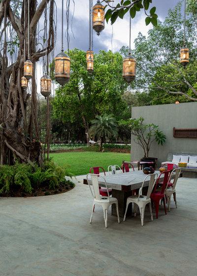Eclectic Patio by Shabnam Gupta