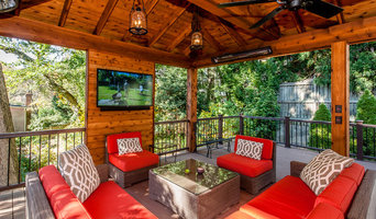 Gorgeous outdoor living room perfect for entertaining friends and family. Interi