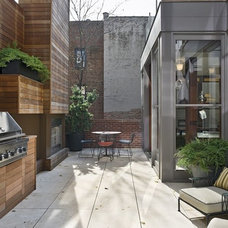 Modern Patio by Michael Haverland Architect