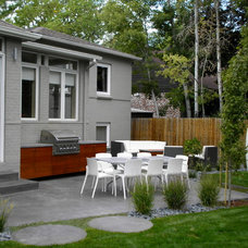 Modern Patio Gray Backyard