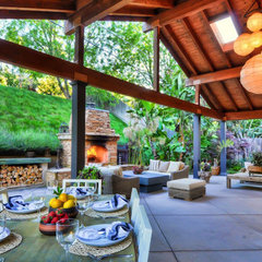 tropical patio Great Grills