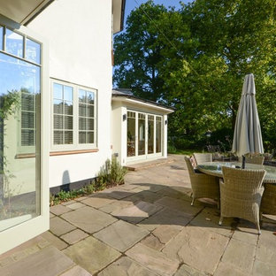 Idée de décoration pour une terrasse champêtre.