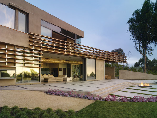 Contemporary Patio by Griffin Enright Architects