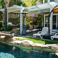 Traditional Patio by Patios By B&B