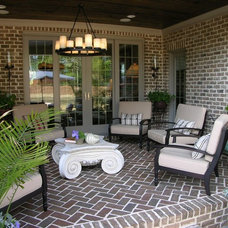 Traditional Patio by Lael Building Group