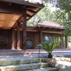 Asian Patio by Mark Wryan Design