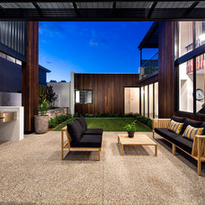 Contemporary Patio by Residential Attitudes