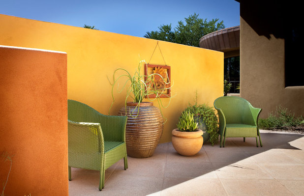 American Southwest Patio by Bianchi Design
