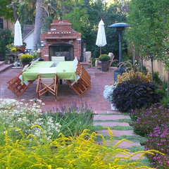 traditional patio by Ivy Street Design
