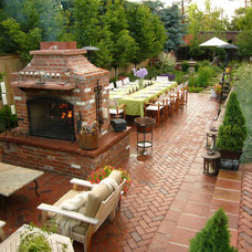 Traditional Landscape by Ivy Street Design