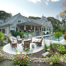 Traditional Patio by Hendel Homes