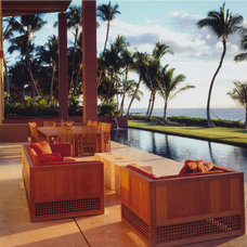Tropical Patio by The Wiseman Group Interior Design, Inc