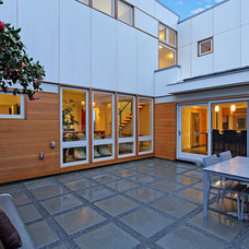 Contemporary Patio by Donnally Architects