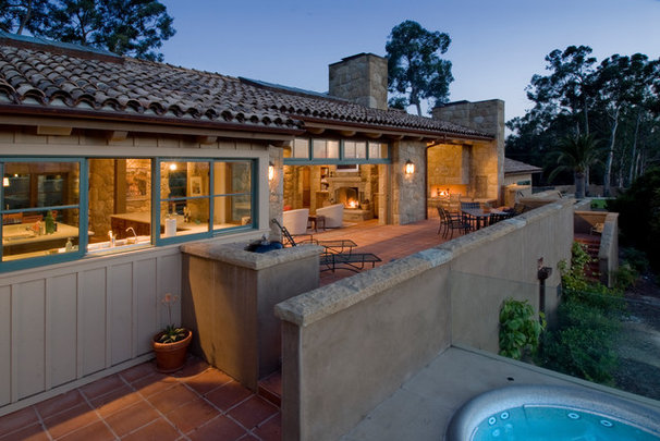 Mediterranean Patio by Neumann Mendro Andrulaitis Architects LLP