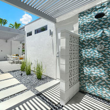 Patio by H3K Design