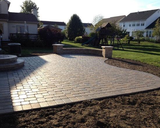 unilock pavers | houzz - Unilock Patio Designs