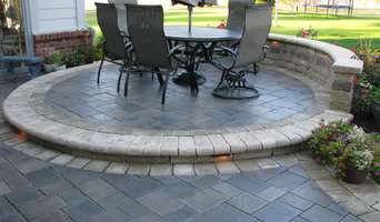 Holland, OH. Complete Outdoor Living Space