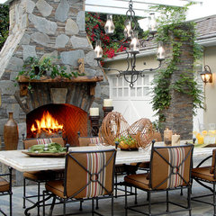 traditional patio by Annette English