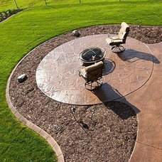 Traditional Patio by ReferralBuzz