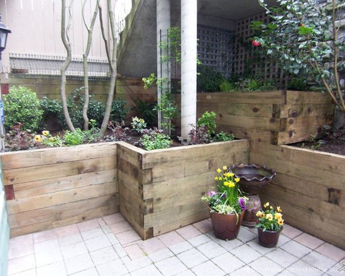 Timber Retaining Walls | Houzz