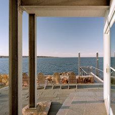 Beach Style Patio by Studio Agoos Lovera