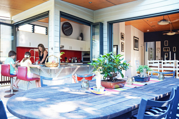Traditional Patio by Tamara Armstrong