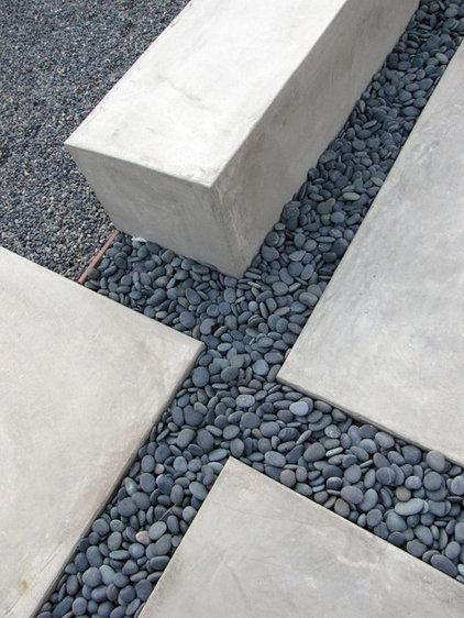 Midcentury Patio by Tara Bussema - Neat Organization and Design