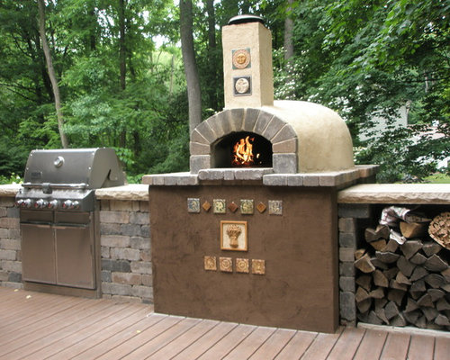 Grand rapids patio design ideas remodels photos houzz for Outdoor kitchen brick design