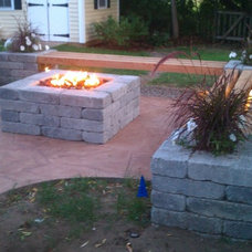 Traditional Patio by 1-877-LAWN-CREW