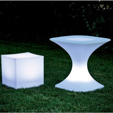 Outdoor Side Tables by Home Infatuation