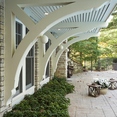 traditional patio by Murphy & Co. Design