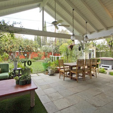 Transitional Patio by Alicia Blas Macdonald