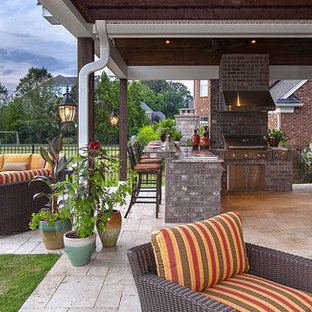 Inspiration for a timeless patio remodel in Oklahoma City