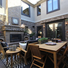 traditional patio by Robeson Design