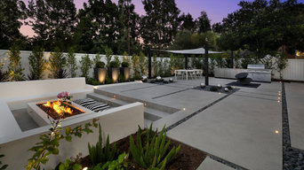 Irvine - Modern Concrete Bench with Fireplace