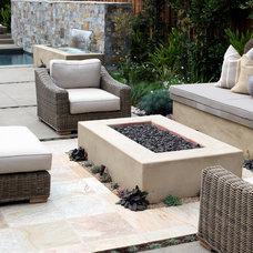 Contemporary Patio by Garden Studio