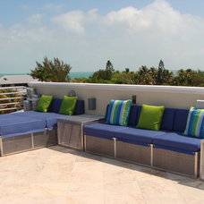 Tropical Patio by Causa Design Group