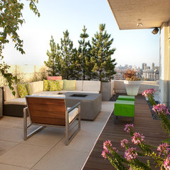 modern patio by jamesthomas, LLC