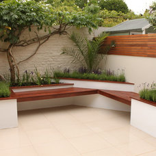 Contemporary Patio by R4improvement