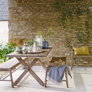 Inspiration for a mediterranean patio in London.
