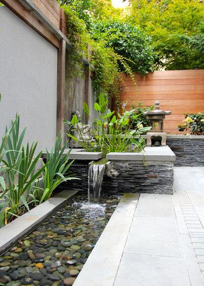 Asian Patio by JHLA   Jennifer Horn Landscape Architecture
