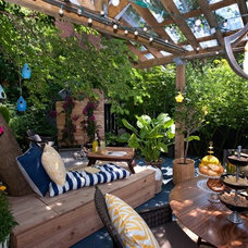 Traditional Patio by Sealy Design Inc.