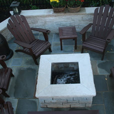 Traditional Patio by North Shore Hardscapes