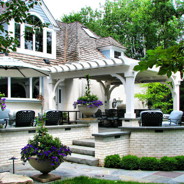 Lake Forest Outdoor Living and Dining Terrace