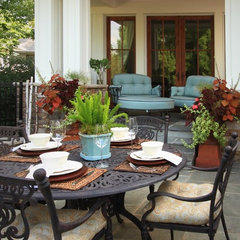 traditional patio by Michelle Fries, BeDe Design, LLC