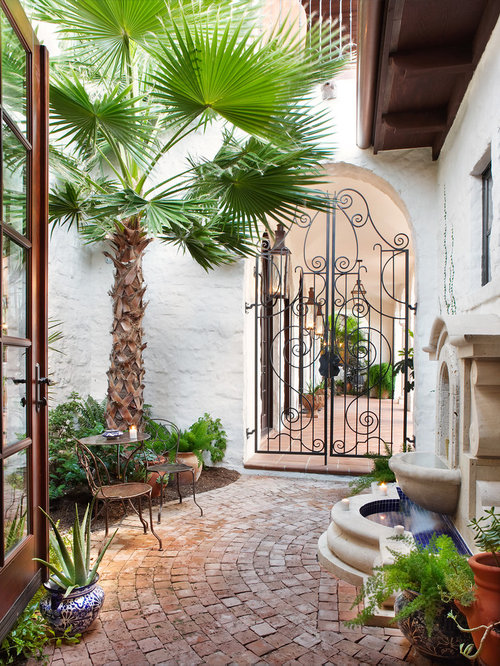 Wrought iron garden gate home design ideas pictures for Home garden design houzz